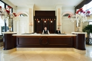 006 Beverly Hills Plaza Hotel